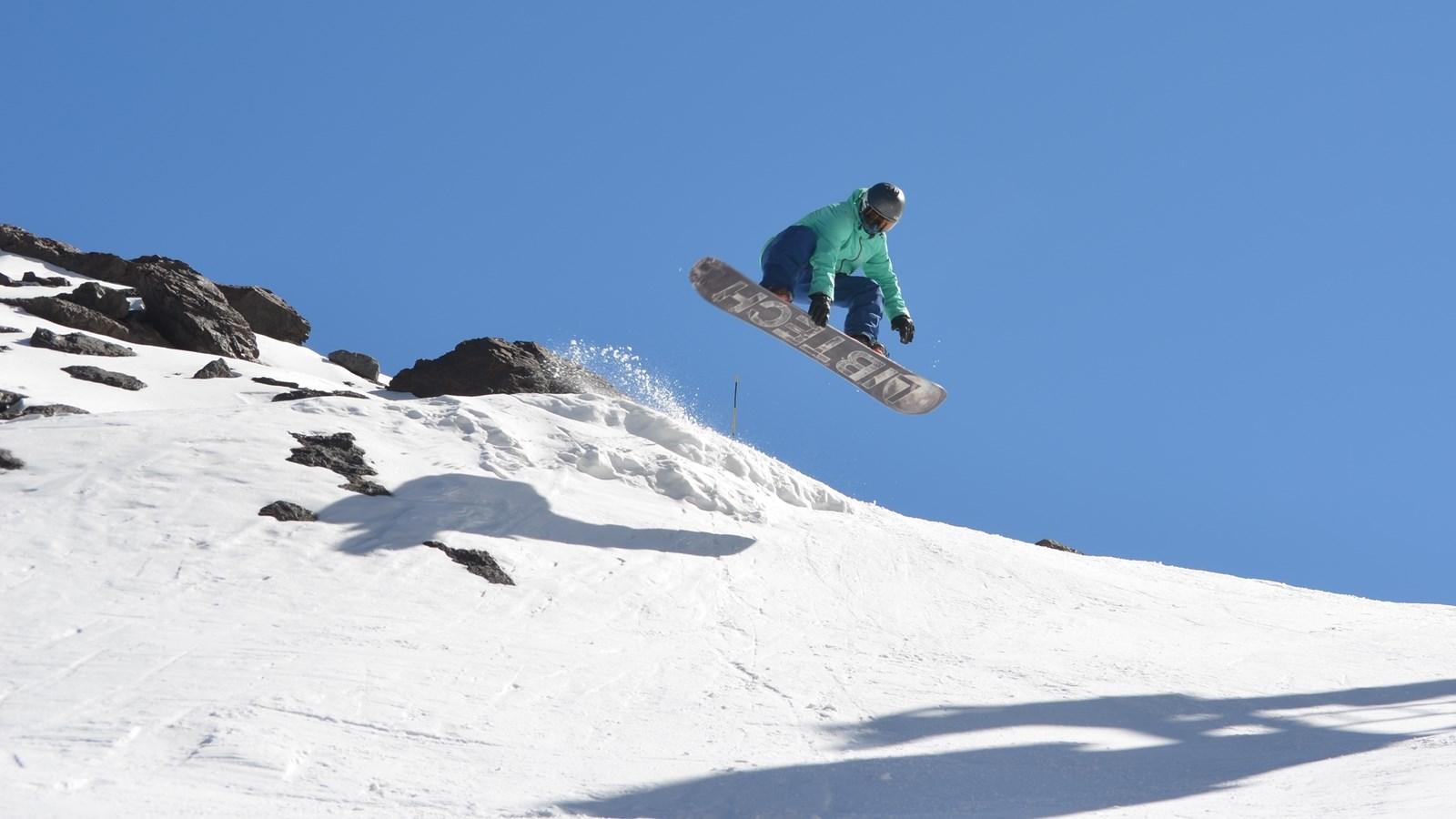 Ski Academy_16to9_Snowboard_DSC_0112_winzig