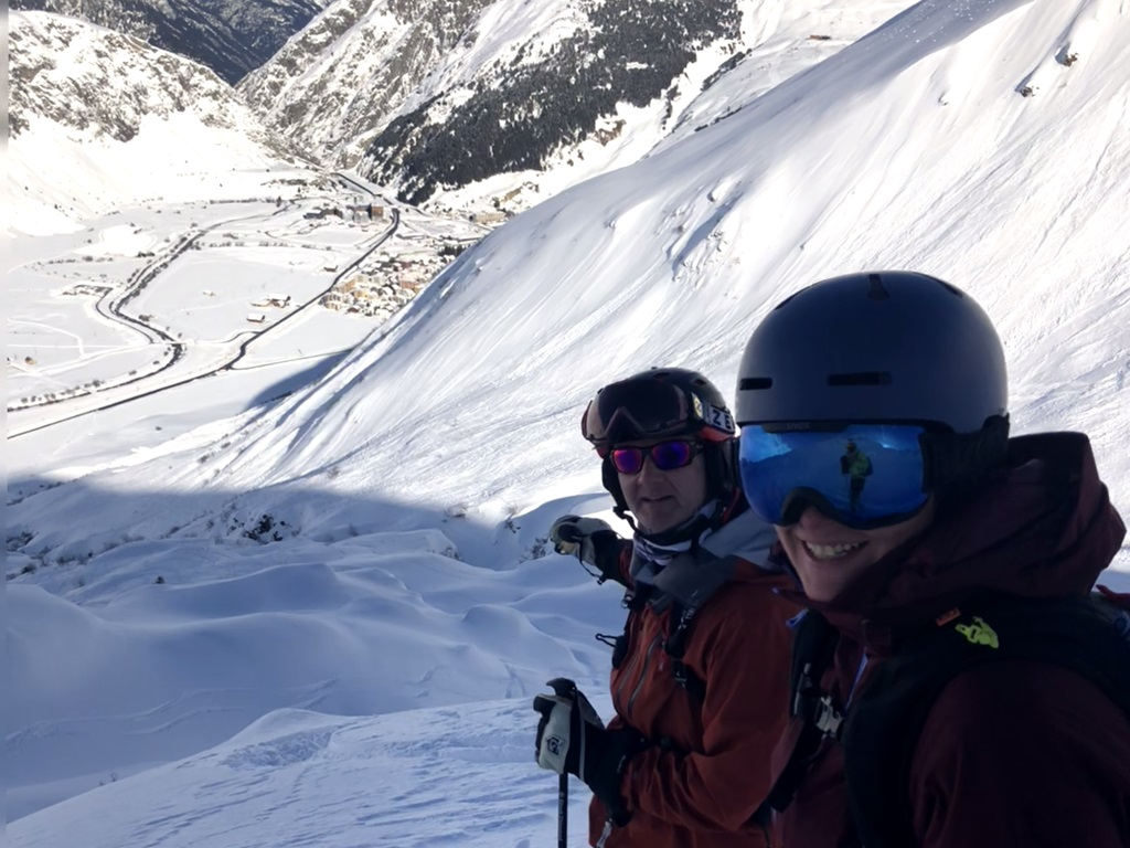 Steeps and Powder Clinic; NASTC ski camp; Ski Academy Andermatt; Ski Camps in Andermatt; off-piste; coaching; guiding;Felsental; off-piste skiing; guiding; ultimate adventure; go with a pro; freeriding; freeride academy; endless fun; powder and sunshine;