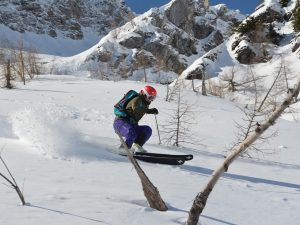 Performance Ski Camp; Offpiste skiing with Ski Academy in Andermatt; best ski school in Andermatt; Skiarena Andermatt-Sedrun-Disentis; powder; guiding; mountain guides; ultimate adventure; tree-skiing; Explore Airolo; powder pig;