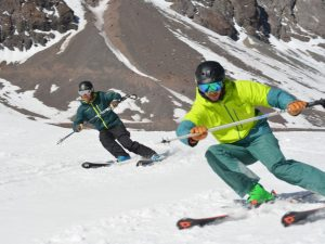 Performance Ski Weekend with Ski Academy in Andermatt; Go with a Pro; Endless fun; Take your skiing to the next level; Carving; high-speed; dynamic skiing
