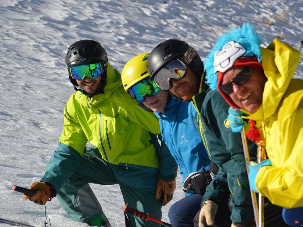 Mountain Safety Course; Ski Academy Andermatt; Know your risk; Reduce your avalanche risk;