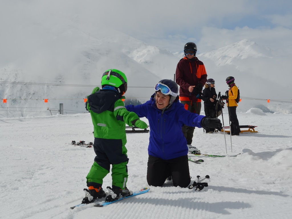 Reviews; Ski Academy; Happy Kids; Patient Instructors; Private Lessons; Skischool; Andermatt; Skiing; Learn to Ski;