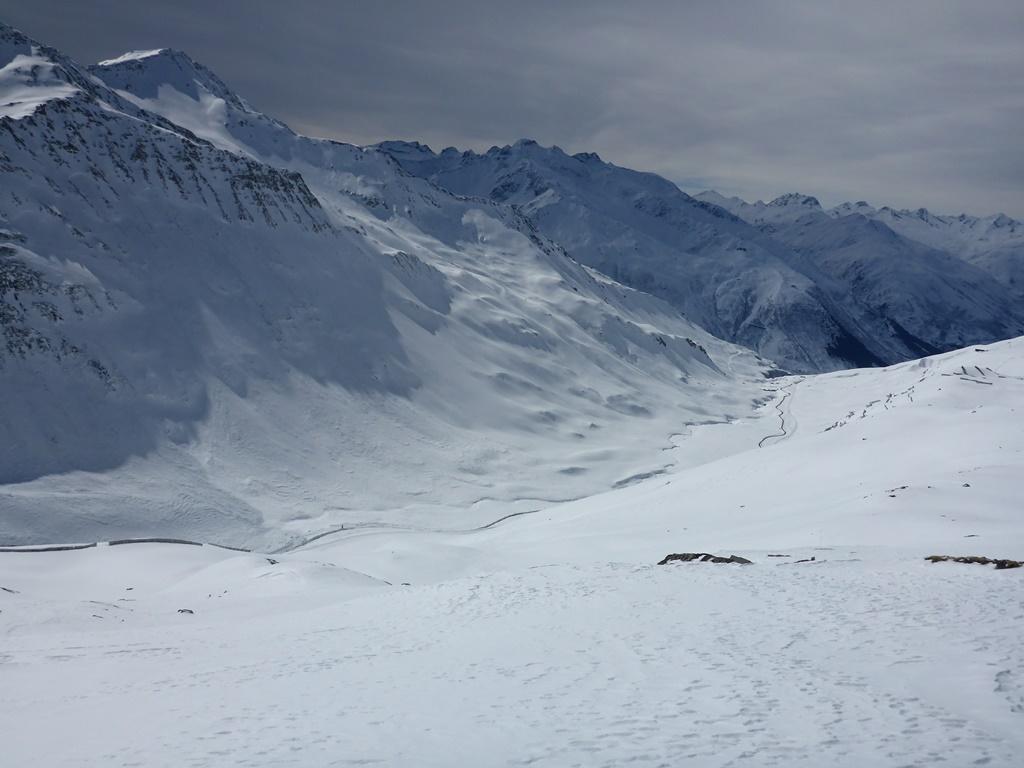 Weather; Andermatt; Dark clouds; snow forecast; Forecast; Ski Academy; Panorama; Gotthard Region;