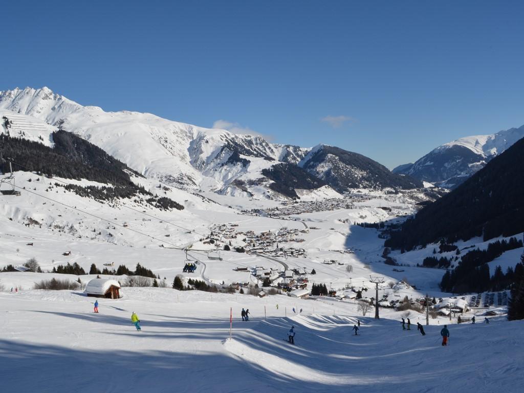 Dieni; Sedrun; Ski Academy; Panorama; Vacation; Andermatt; skiing; snowboarding; bluebird day; ski trip;
