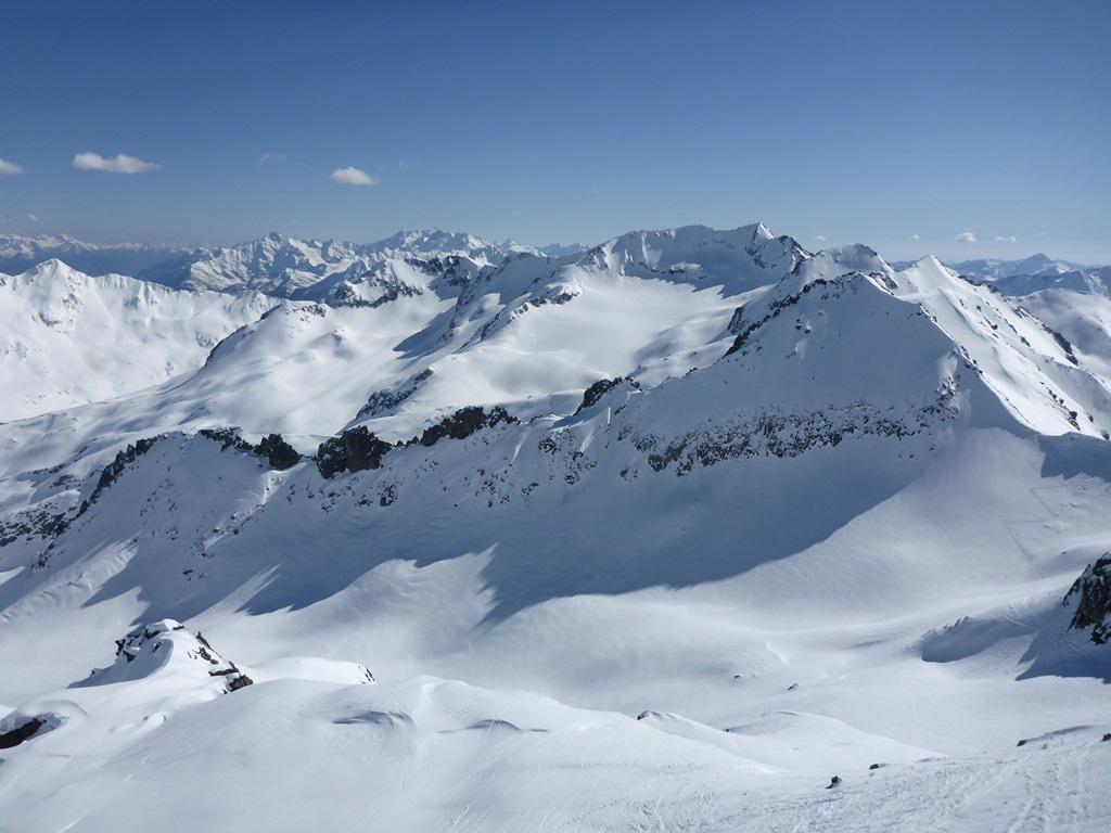 mountain panorama Andermatt; Skiarena; Ski Academy; Powder; guiding; off-piste; Unteralp; avalanche course;