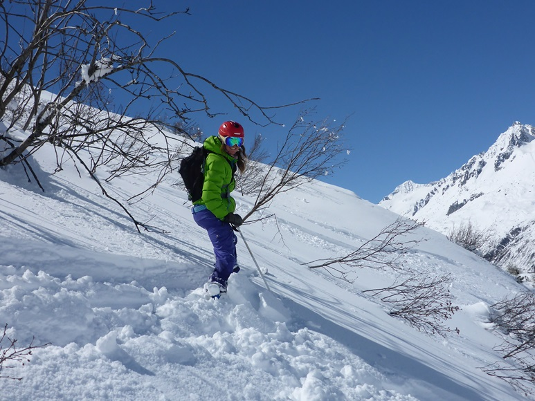 Off-piste skiing in Andermatt; Felsental; Freeriding; Ski Academy Andermatt; Best ski school in Andermatt