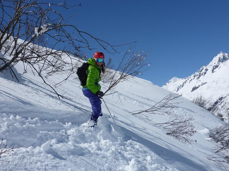 Off-piste skiing in Andermatt; Felsental; Freeriding; Ski Academy Andermatt; Best ski school in Andermatt