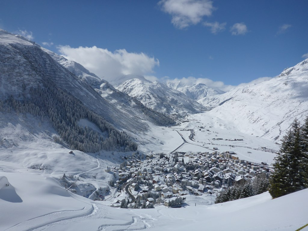 Andermatt; WebCam; Panorama; Powder; Ski Academy; Ski School; Sunshine and snow