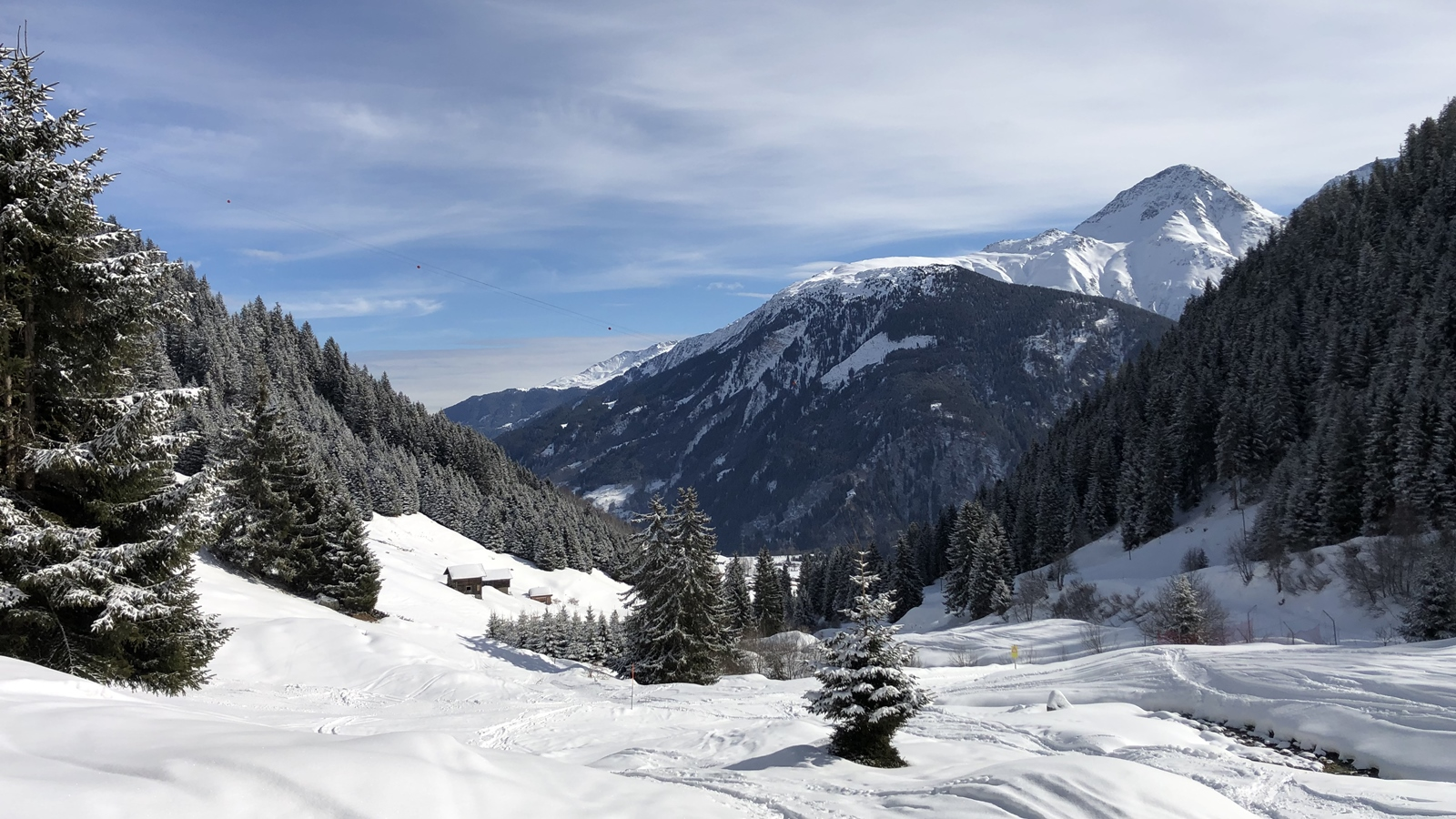 Ski Academy | Andermatt | Sedrun | Disentis | SkiArena